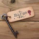 horse box keyring